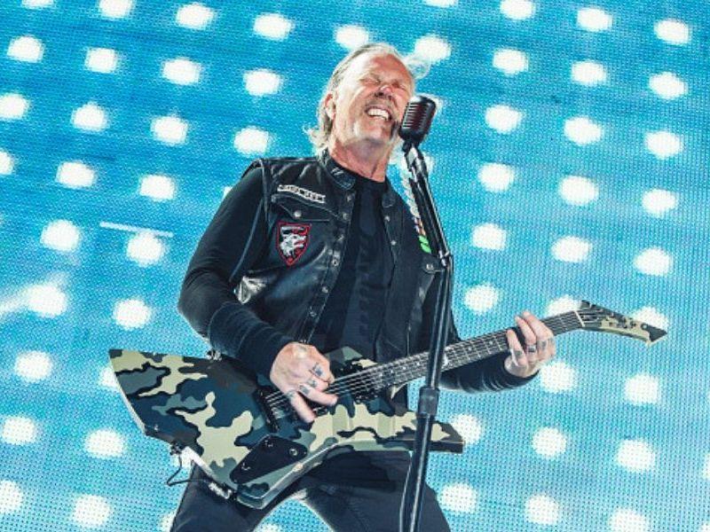 niño tocó con 'Metallica'