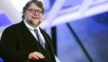 Guillermo del Toro estrella Paseo de la Fama
