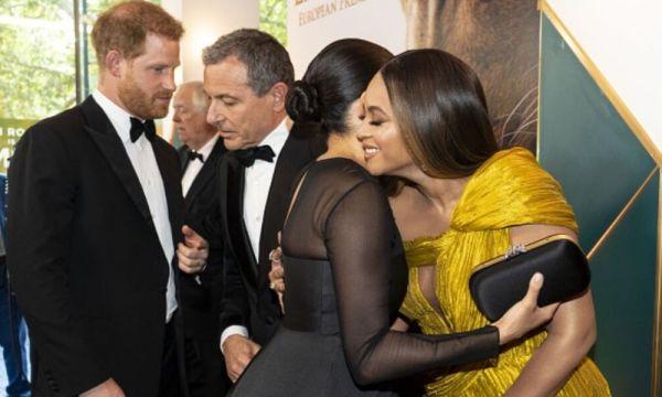 Meghan y Harry desfilan en la premiere europea de 'The Lion King' Meghan-y-Beyonce-600x360