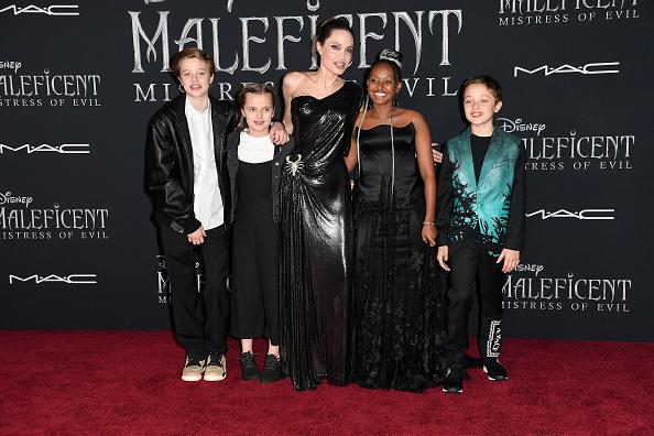 Angelina Jolie se apoderó de la alfombra roja de 'Maleficent: Mistress of Evil' Maleficent-004