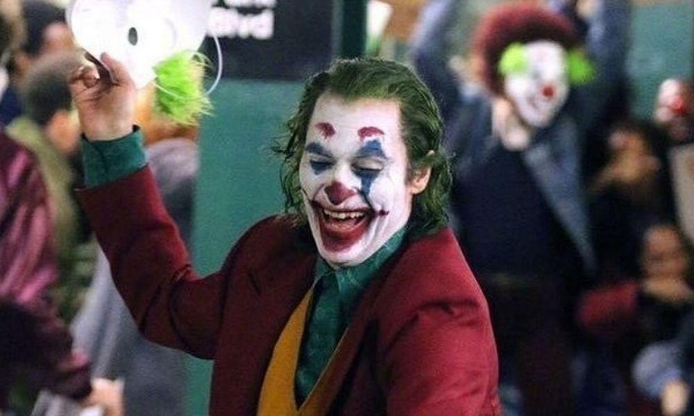 famosos imitan la risa de joker