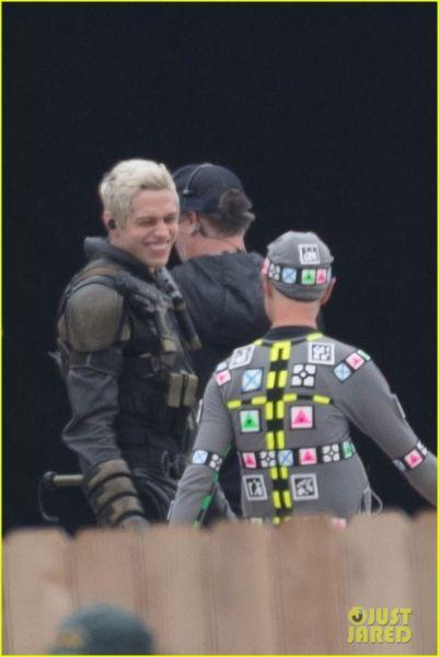 ¿Y Harley? Filtran fotos de los nuevos trajes de 'The Suicide Squad' the-suicide-squad-cast-set-photos-08