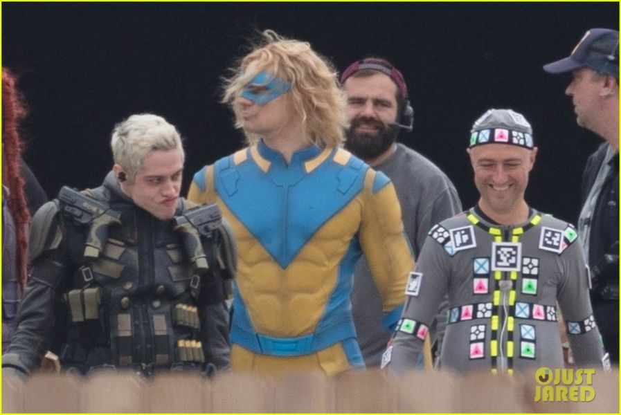 ¿Y Harley? Filtran fotos de los nuevos trajes de 'The Suicide Squad' the-suicide-squad-cast-set-photos-34