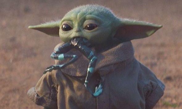 Nuevos juguetes de baby Yoda