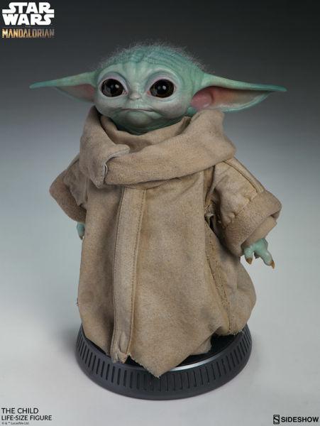 Desde el universo de Star Wars: Baby Yoda en tamaño real existe mun%CC%83eco-baby-yoda-4