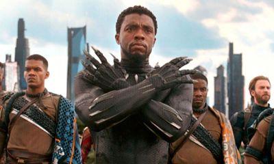 Tarjeta bancaría con pose de 'Black Panther'
