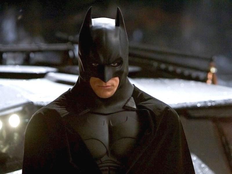 referencia a John F Kennedy en Batman Begins