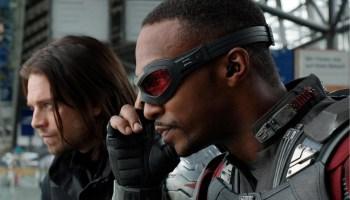 mercancía reveló los trajes Falcon y Winter Soldier (1)