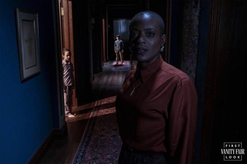 ¡Una nueva maldición llegará! Netflix publica las primeras imágenes de su nueva serie de terror the-haunting-of-bly-manor-4-1234544