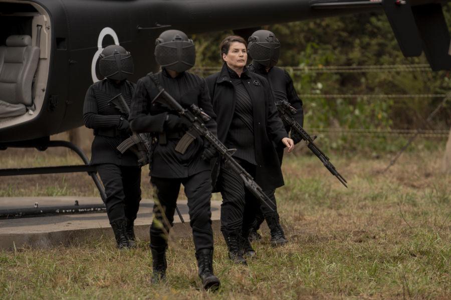 ¡Sólo miembros de CRM! Revelan nuevas imágenes de 'The Walking Dead: World Beyond' twdwb_100_zd_1021_0807_rt