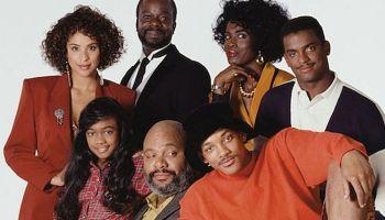 imagen con el elenco de 'El Príncipe del Rap'