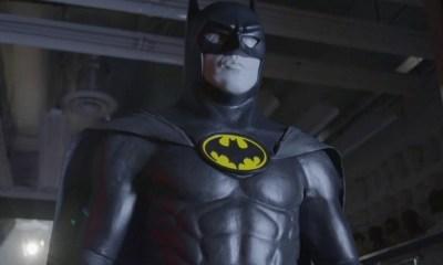 Batman usaba tenis como botas