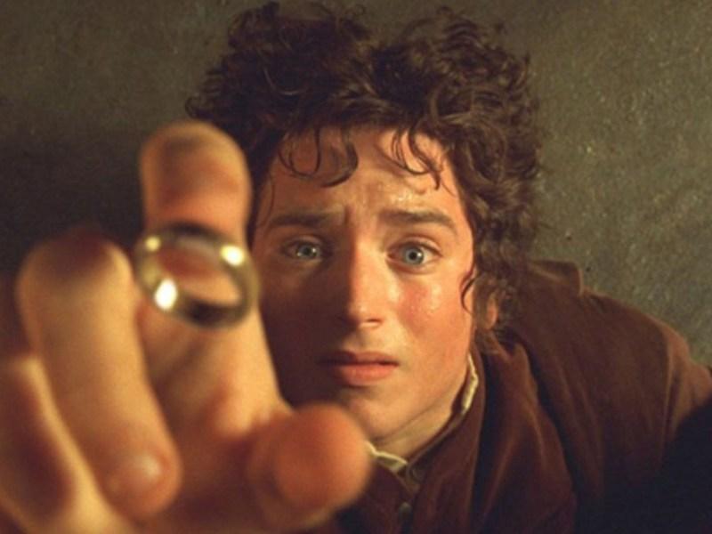 Elijah Wood está molesto por la serie de The Lord of the Rings