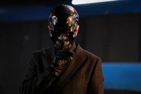 ¿Mejor que Ewan McGregor? El Arrowverse ha encontrado al actor que interpretará a Black Mask batwoman-02x09-12-1261943