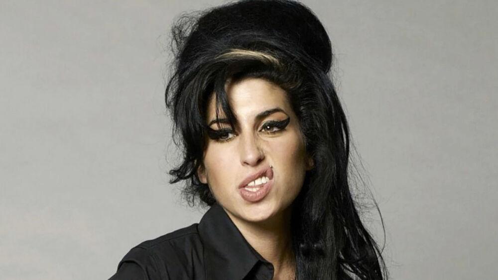 A 10 años de su partida, conoce los mejores éxitos de Amy Winehouse