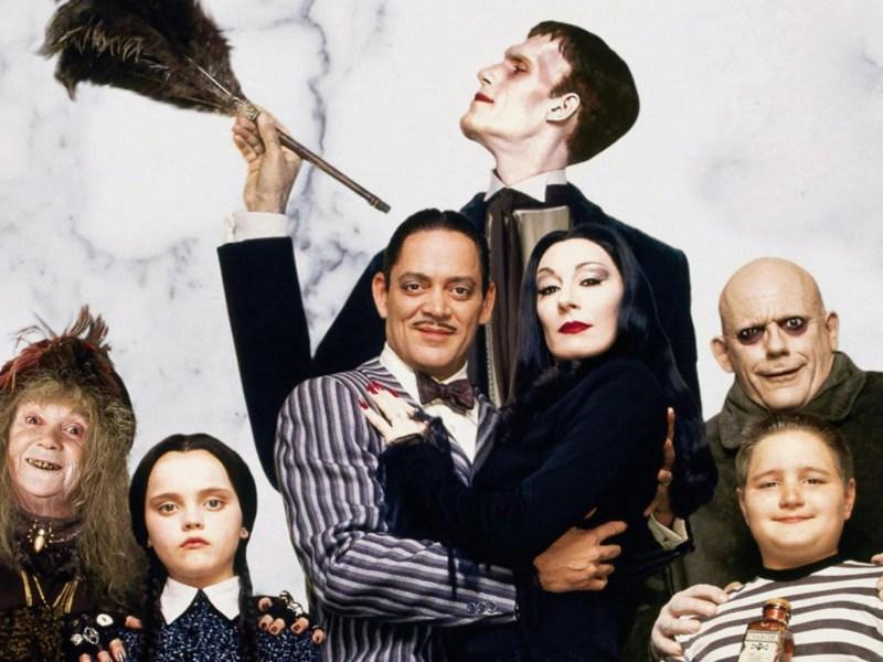 Barry Sonnenfeld no regresará a la franquicia de 'La Familia Addams'