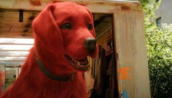 retrasaron el estreno de 'Clifford the Big Red Dog'