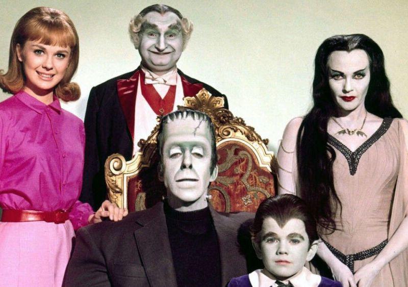 cast del reboot de The Munsters