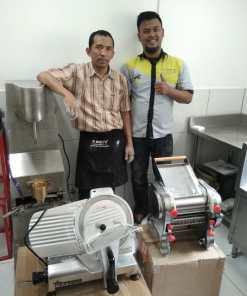 2. CV Fruity Indonesia - Cimahi - Mesin Cetak Bakso MB-230; Meat Slicer HBS 250; Mesin Cetak Mie - NOD-200 SS - DONE