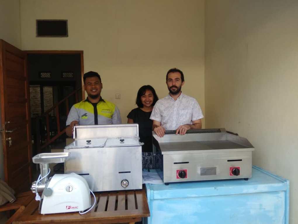 1. Rima - Bandung - Meat Grinder MGD-631, Gas Deep Fryer G-72 - Gas Griddle GRD-722 - DONE