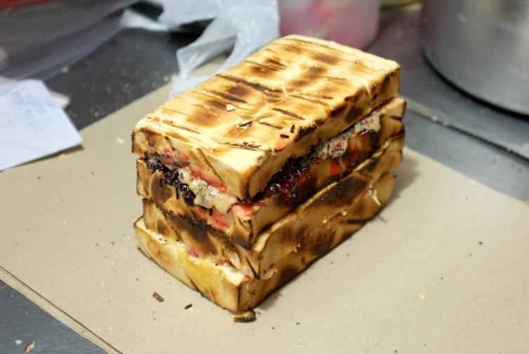 usaha makanan modal kecil roti bakar