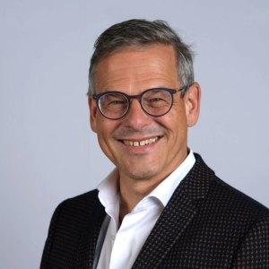 Wolfgang-Irber-Portrait-Okt-2018-512px