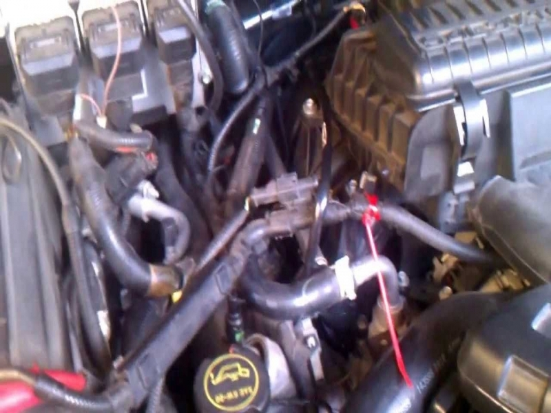 2005 Ford Expedition Pcv Valve Location