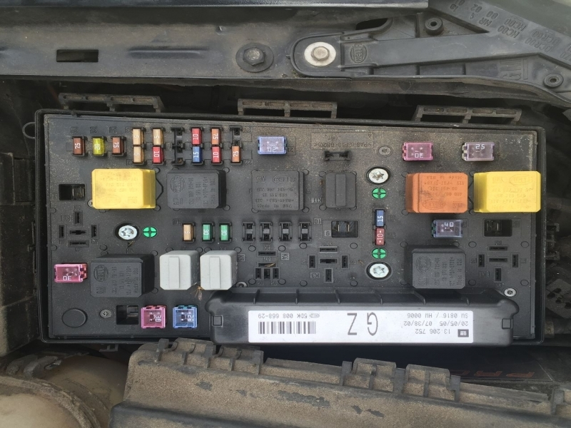 fuse box on a astra mk5 astra mk5/h] [04-09] - fuse box diagram for 54 plate astra diesel - wiring forums #3