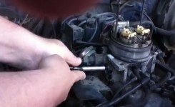 Install Throttle Position Sensor On 1995 Chevy Suburban Lt 1500