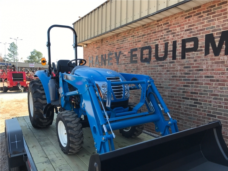 2016 Ls Tractor Xr3135 Tractor, Loader, Box, Cutter And Trailer
