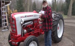 Steiner And Majic Paint Fitzgerald 841 Tractor Facelift – Youtube