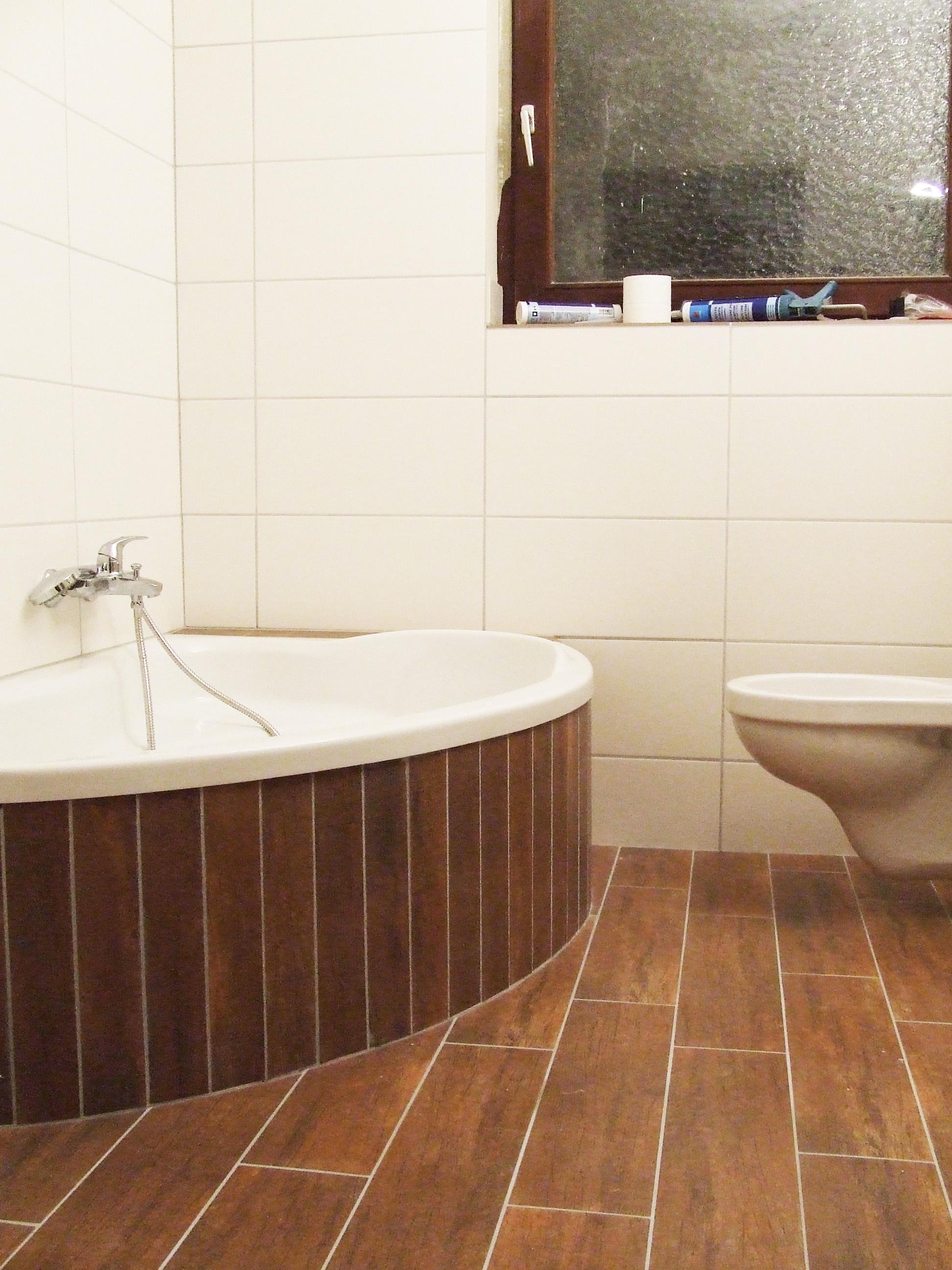 Badewanne fliesen  Haussanierung