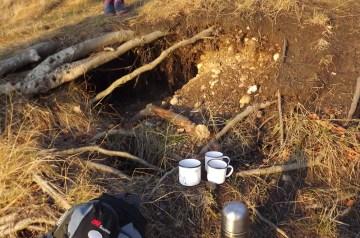 Hobbit-Höhlen und Goldfunde auf Mittelrügen