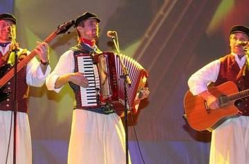 Rügener Folklore in der Schüttelbüx