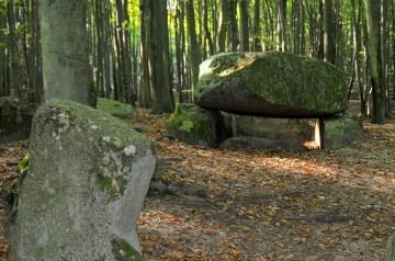 Mystische Hügelgräber haben schon die Romantiker begeistert
