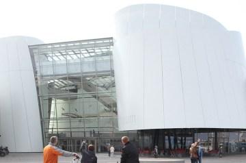 Moderne Architektur: Begehbare Skulpturen im offenen Raum