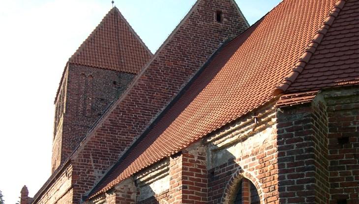Die ehemalige Gardvogtei Patzig und die Kirche St. Margarethe