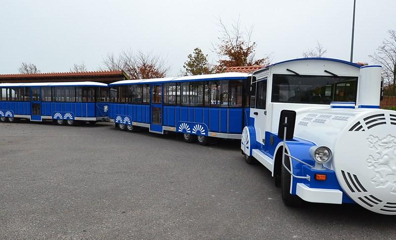 """Neue Arkona-Bahn übergeben: Großer Bahnhof für """"kleine"""" Bahn"""