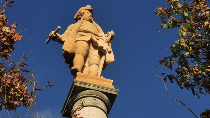 Preußenkönig wieder auf seinem Sockel, Groß Stresow feiert Friedrich Wilhelm I.