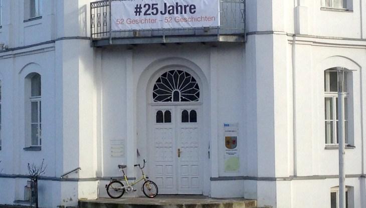 """Familie Rügen feierte: Ausstellung """"52 Gesichter"""" wurde eröffnet"""