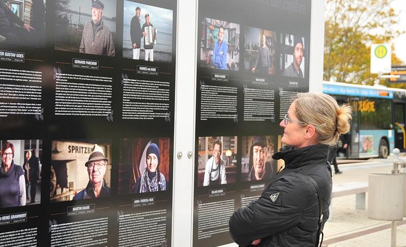 """Freiluftgalerie in Serams: """"52 Gesichter der Insel Rügen"""""""