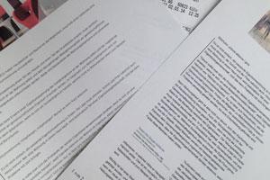 Urheberrechtsverletzung: Rechts das Original, links der geklaute Text