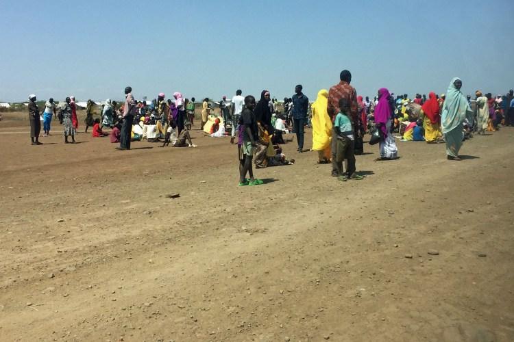 Flüchtlinge warten auf Registrierung