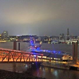 Hamburg, bei den Musical-Theatern