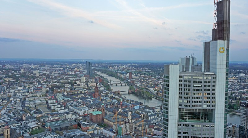 Frankfurt: Stadt der Banken und der Buchmesse