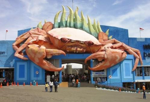 Galeri Kapal di Wisata Bahari Lamongan
