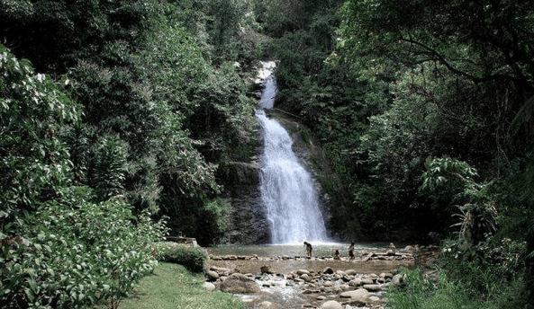 Wisata Air Terjun Lampung Yang menarik Wisatawan