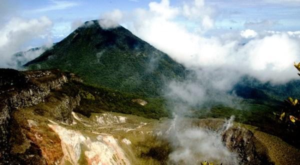 kawah gunung gede pangrango