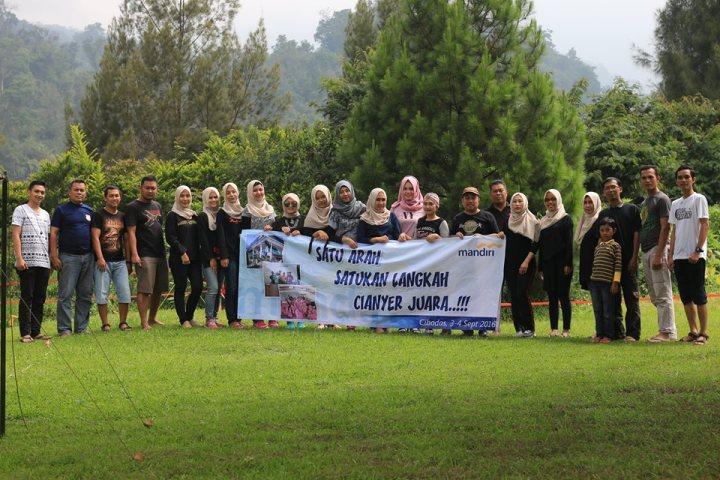 Peserta Camping Seru Bank Mandiri Cianyer Banten