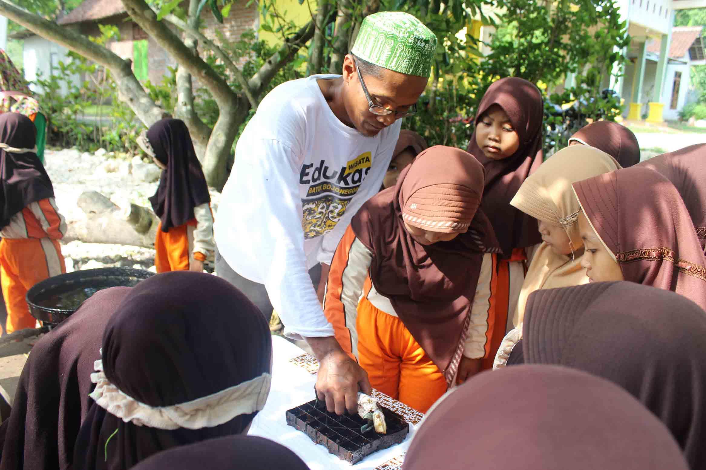 galeri-wisata-edukasi-batik-16